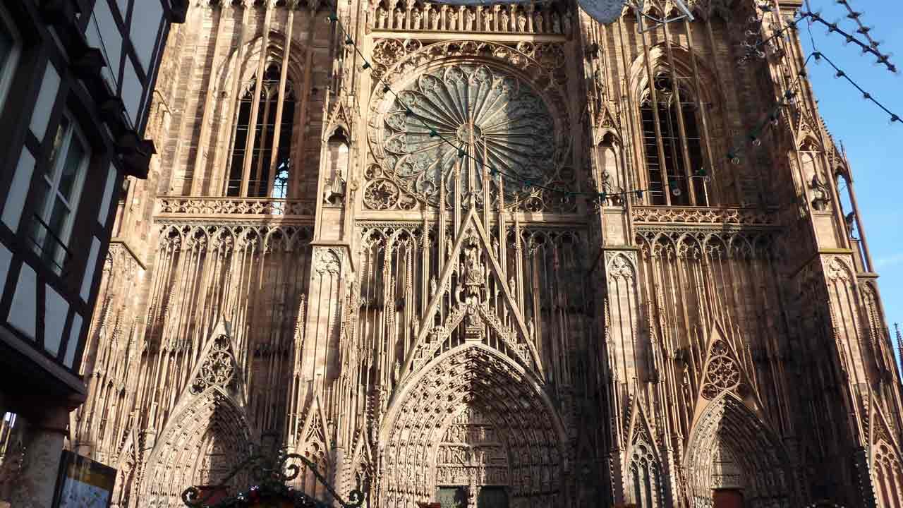 visite de la cathédrale notre dame à Strasbourg