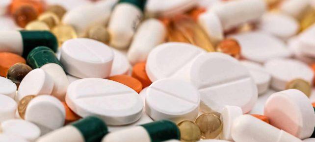 prévoir médicaments voyage france