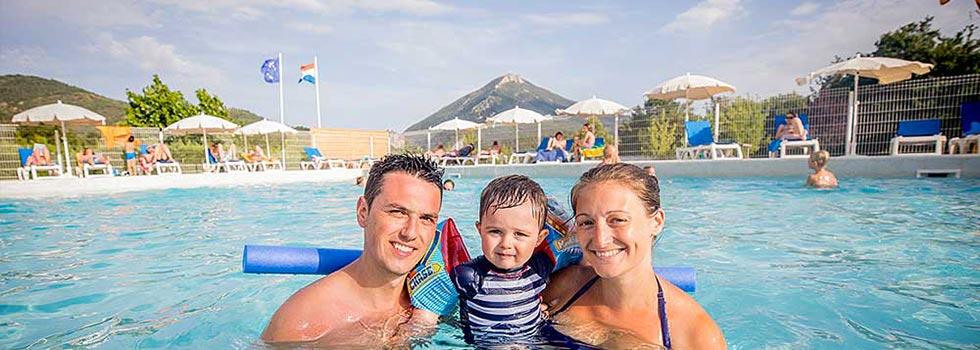 camping castellane avec piscine